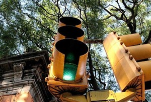 "Smart"" Signals May Alleviate Traffic"