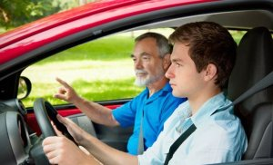 Teens' Worst Driving Habits to Watch For